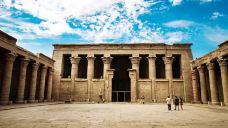 荷鲁斯神庙