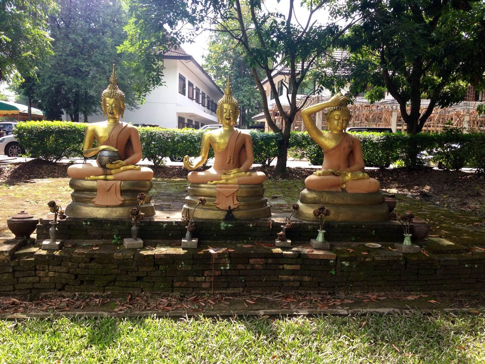 界遙寺  Wat Chet Yot   -0