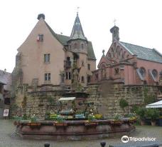 Saint-Leon Fountain-埃吉桑